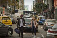 Jovan Adepo och Heather Graham i bekant miljö: en öde storstad efter katastrofen.