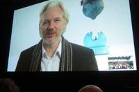 Julian Assange talar via Skype på South By SouthWest Interactive festival i Austin, Texas, i mars.