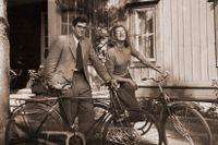 Peter Weiss och konstnären Helga Henschen var gifta mellan 1943 och 1947.