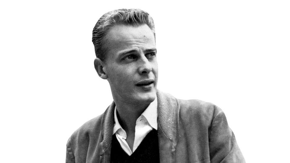 """Författaren Bengt Söderbergh debuterade 1948 med """"Den förstenade"""" och blev snabbt en av de unga lovande författare som hyllades av kritikerna."""