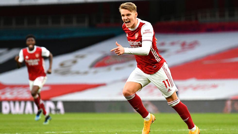 Arsenals Martin Ødegaard firar sitt första mål i Premier League.