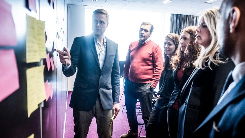 SvD Näringslivs chef Daniel Kederstedt ledde mötet med nomineringskommittén som består av Günther Mårder, vd Företagarna, Cecilia Nykvist, vd Ung Företagsamhet, Jessica Stark, vd Styrelseakademin, Mikaela Idermark, SvD Börsplus och Ashkan Pouya, grundare Serendipity.