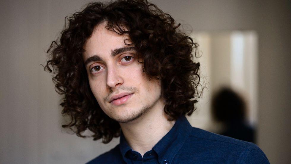 Kompositören Jacob Mühlrad får Micael Bindefelds stipendium.