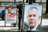 Valet i maj tidigare i år ifrågasattes och ogiltigförklarades sedan högerpopulistiske kandidaten Norbert Hofer klagat hos författningsdomstolen.