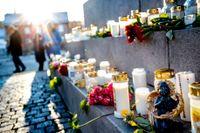 Minnesceremoni på Kungstorget i Uddevalla efter att Wilma hittades död.