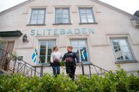 Signe Bleckhorns och Annica Österberg driver hotell Slitebaden, som ligger i närheten av Cementas fabrik.