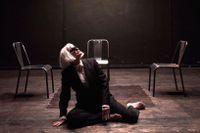 """Anna Wallander i """"En dåres försvarstal"""" på Strindbergs Intima teater."""