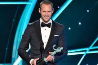 Alexander Skarsgård prisas på Screen Actors Guild Awards i Los Angeles.