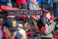 """Halsdukskampanjen """"Jag tror på det här"""" har inbringat 1,1 miljoner kronor till Östersunds FK, enligt klubbens pressansvarige Niclas Lidström."""