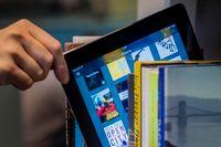 E-boken är inte sämre än sin äldre släkting av papper – men läsbarheten behöver ännu utvecklas.
