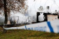 På tisdagen brann det på Rosenkullens asylboende utanför Munkedal. Den brandhärjade byggnaden var ett annex och de 14 personer som evakuerades togs om hand i asylboendets huvudbyggnad.