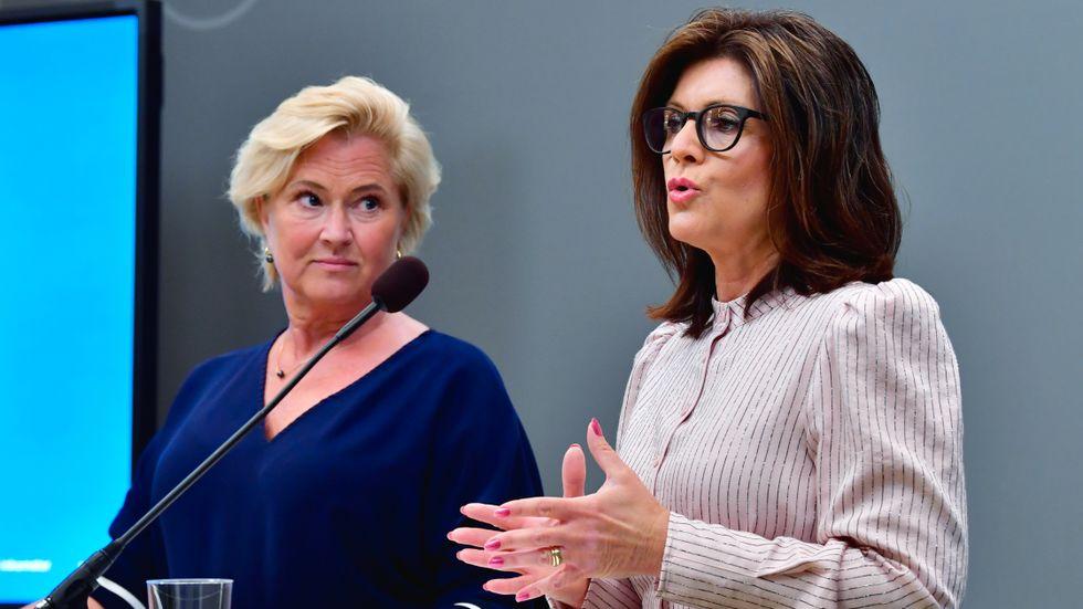 Utredaren Maria Hemström Hemmingsson och arbetsmarknadsminister Eva Nordmark (S) under tisdagens pressträff.