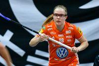 Veera Kauppi, bilden, och hennes tvillingsyster Oona spelar vidare i Umeå, nästa säsong i Thorengruppen. Arkivbild.