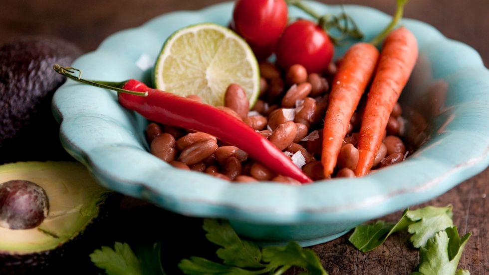 En vegansk kost är inte farlig för barn, enligt Livsmedelsverket. Bara man tänker på vad de får i sig. Arkivbild.