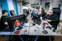 Joakim Clysén, David Vadi Dris, Rasmus Bergström och Mohammed Al-hasnawi på datorspelsföretaget Night Node Software ska snart lansera ett andra spel på onlinespel-plattformen Steam.