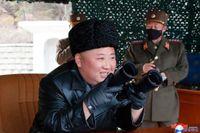 Nordkoreas diktator Kim Jong-Un närvarade vid en uppskjutning under måndagen, enligt landets statliga nyhetsbyrå KCNA.
