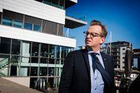 Näringsminister Mikael Damberg ger ett svävande svar på frågan om när Vattenfall åter ska bli lönsamt.