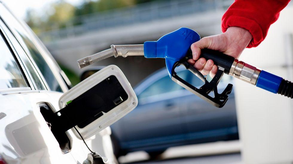 Den 1 augusti byts den 95-oktaniga bensinen ut mot E10. Arkivbild.