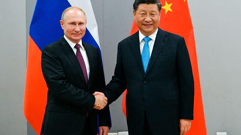 Vladimir Putin och Xi Jinping. Arkivbild.