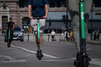 Bolt är det första företaget i Sverige som stoppar uthyrningen av sina elsparkcyklar nattetid.