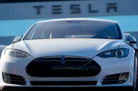Nu måste Tesla uppdatera mjukvaran på 285000 bilar i Kina. Arkivbild.