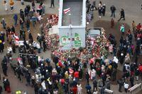 Människor protesterade även på fredagen i Belarus huvudstad Minsk sedan en 31-årig regimkritiker dött i staden.