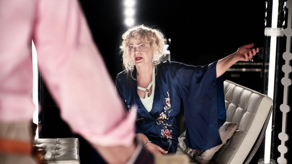 """Ing-Marie Carlsson spelar mor i """"Arvet"""", en kvinna som tar chansen att blomma ut."""