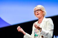 Elisabeth Svantesson (M) vill skrota det svenska enprocentmålet för biståndet.