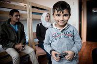 Rhodan räddades av Gula båtarna. Nu är han och delar av hans familj i Sverige.