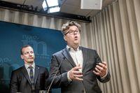 Till höger Gunnar Strömmer, ny partisekreterare för Moderaterna. Bakom honom Anders Edholm, som haft rollen sedan i somras och nu blir biträdande partisekreterare.