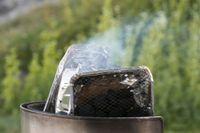 En tredjedel av alla bränder 2019 orsakades av grillning, rökning eller eldning. Något som kunskap kan råda bot på, enligt LRF Skogsägarna. Arkivbild.