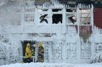 En stor föreningslokal i Husby brann.