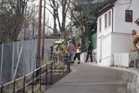 Flera bostäder har evakuerats efter ett jordskred i centrala Oslo.