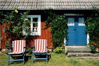 Många drömmer om en idyllisk sommarstuga.