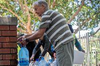 Vattenhämtning från publika vattenstationer, max 25 liter per dag per person.