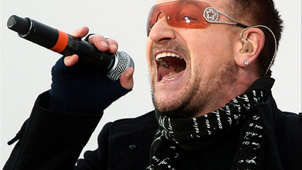 Under söndagen uppträdde flera stora stjärnor på 'We Are One', öppningsceremonin inför Obamas installation. Här U2-sångaren Bono på scenen.