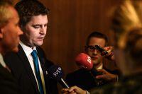 SD:s ekonomiska talesman Oscar Sjöstedft vid tisdagens pressträff.