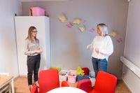 Anna Janglund, familjerättssekreterare och Sara Ericsson, enhetschef, arbetar i Sandvikens kommun.