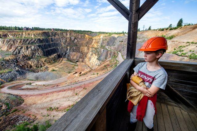 Ville, 10, tycker att besöket i Falu gruva var en spännande historielektion.