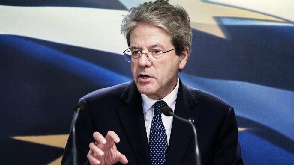 Dystra tider väntar, konstaterar EU:s ekonomikommissionär Paolo Gentiloni.