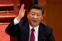 Xi Jinping har fått sitt namn inskrivet i kommunistpartiets stadgar – något som endast Mao Zedong tidigare fått under sin livstid.
