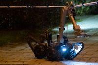 Polisens bombtekniker har skickats till Kristianstad efter en explosion. Bilden är tagen vid ett annat tillfälle.
