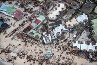 Flygbild över ön Saint-Martin/Sint-Maarten.