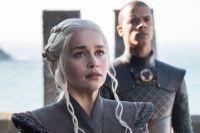 Daenerys anländer till Dragonstone.