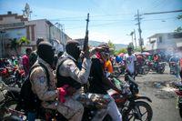 Våldsamma protester har ägt rum mot den nu mördade presidenten i Haiti. Arkivbild från en demonstration i Port-au-Prince i mars 2021.