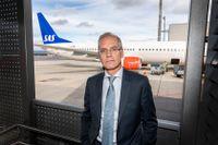 SAS vd Rickard Gustafson räknar med att flygbolaget kommer klara sig genom krisen om flygbranschen återhämtar sig under 2022. Arkivbild.