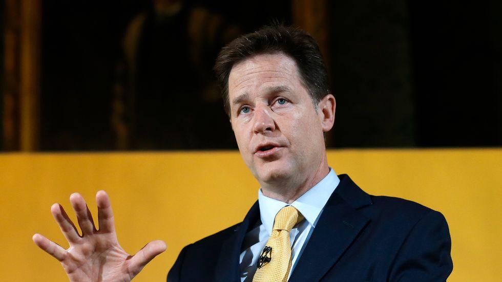 Nick Clegg, Facebooks ansvarige för globala frågor, säger att plattformen har stoppat 2,2 miljoner annonser. Arkivbild.
