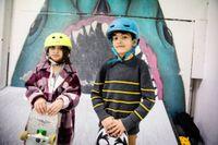 Ritage och Asaad har bott i Sverige i tre respektive två år. De brukar träna på Fryshuset med Skate Nation varje vecka.