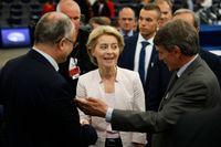 Ursula von der Leyen gratuleras efter att ha valts till ordförande för EU-kommissionen.