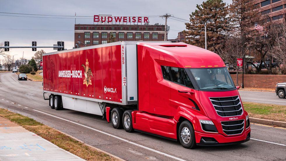 Bryggerikoncernen Anheuser-Busch har tidigare beställt 800 stora lastbilar från Nikola.
